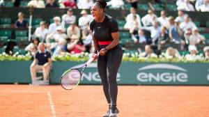 Card autografado por Serena Williams é vendido a preço recorde em leilão