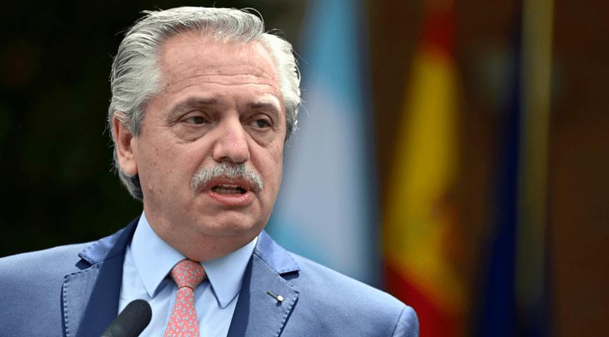 Segundo Fernández, a dívida do país é equivalente ao dinheiro que o fundo destinou a 85 países na pandemia.