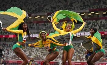 Thompson-Herah, Fraser-Pryce e Shericka Jackson venceram provas do atletismo feminino nos Jogos de Tóquio e acreditam ter deixado legado para futuras corredoras