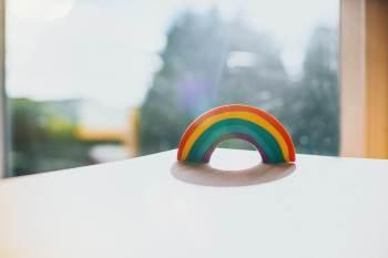 Mais de 200 marchas do Orgulho LGBTQIA+ foram canceladas no ano passado devido à pandemia - e outras mais foram adiadas este ano