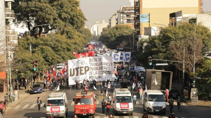 Manifestantes da Argentina protestam contra pobreza e falta de emprego