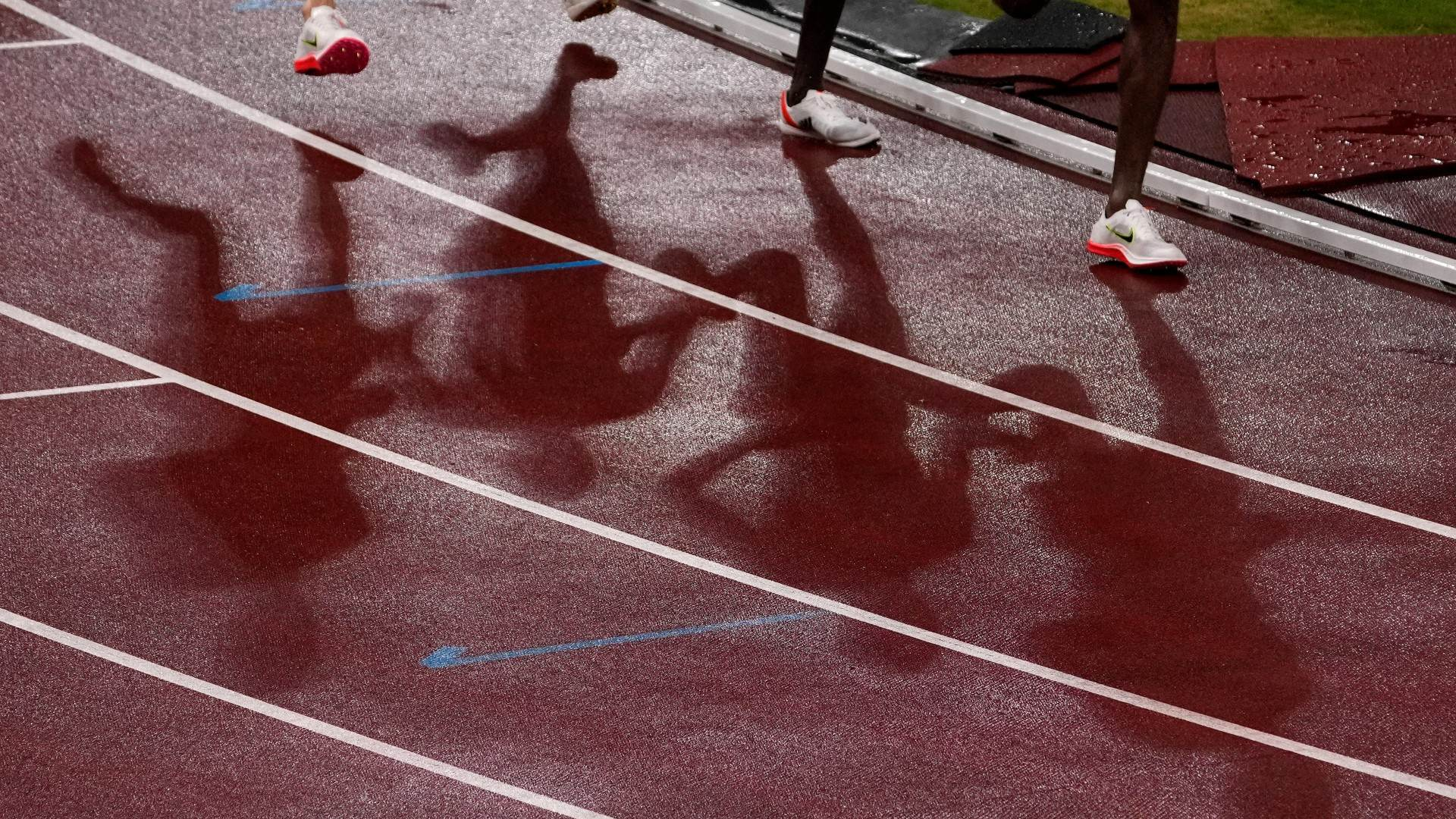 Tecnologia dos sapatos usados em Tóquio gerou debate entre atletas