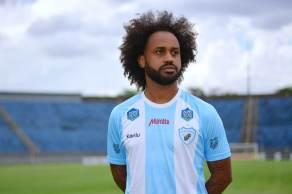 Meia do Londrina afirmou ter sido vítima de racismo por membros do Brusque F.C em partida no último sábado (28)
