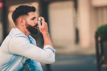 Programa mostra a realidade de pacientes jovens e adultos que têm a doença respiratória; problema atinge cerca de 262 mil pessoas no mundo, segundo a OMS