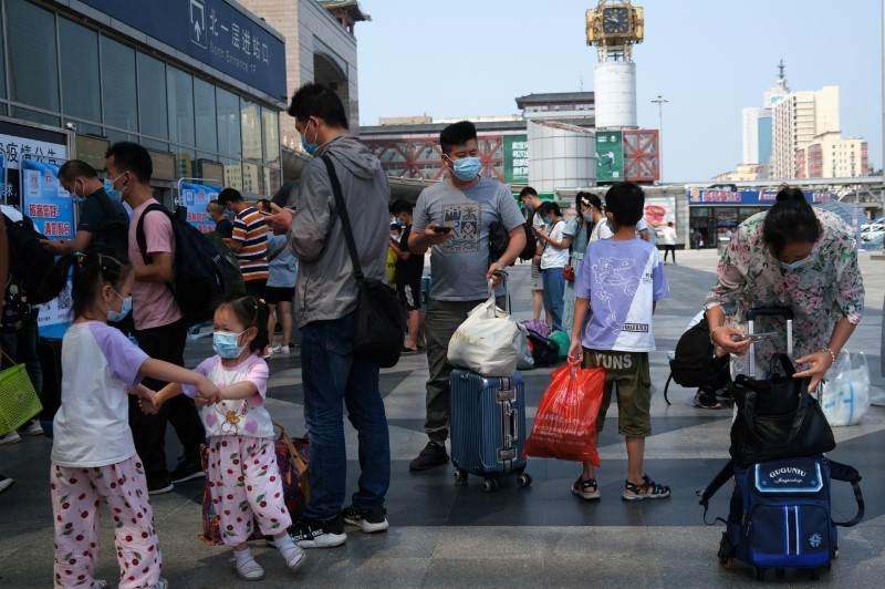 Novo surto de Covid-19 na China afeta alguns setores da economia