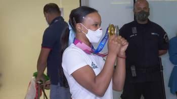 Ginasta desembarcou no Aeroporto Internacional de São Paulo/Guarulhos