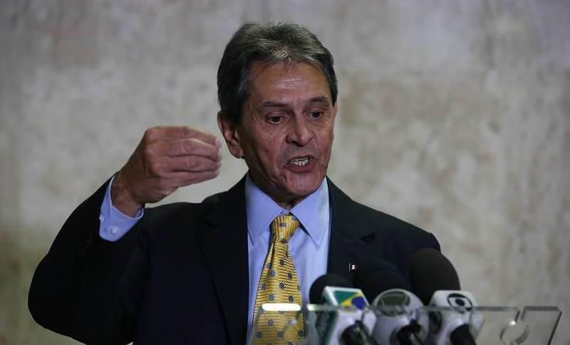 Alexandre de Moraes determinou prisão do ex-deputado Roberto Jefferson
