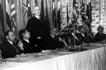 Acordo serviu para recuperar economias após a Segunda Guerra e foi boicotado pelos EUA, que agora enfrenta sucessivos testes de estresse com economia digital