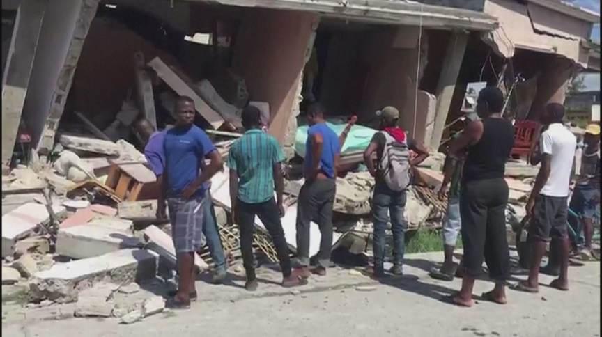 Crise política e miséria atrasam resgate a vítimas do terremoto no Haiti (14.Ago.2021)