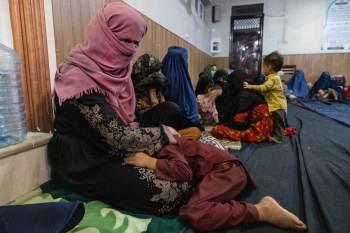 Afeganistão se junta às fileiras de apenas 10 outros países onde não há mulheres em cargos de alto escalão