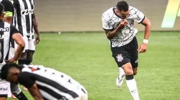 Rodada teve duelo entre líderes, reestreia de Renato Augusto no Corinthians, recuperação do Flamengo e mais; confira
