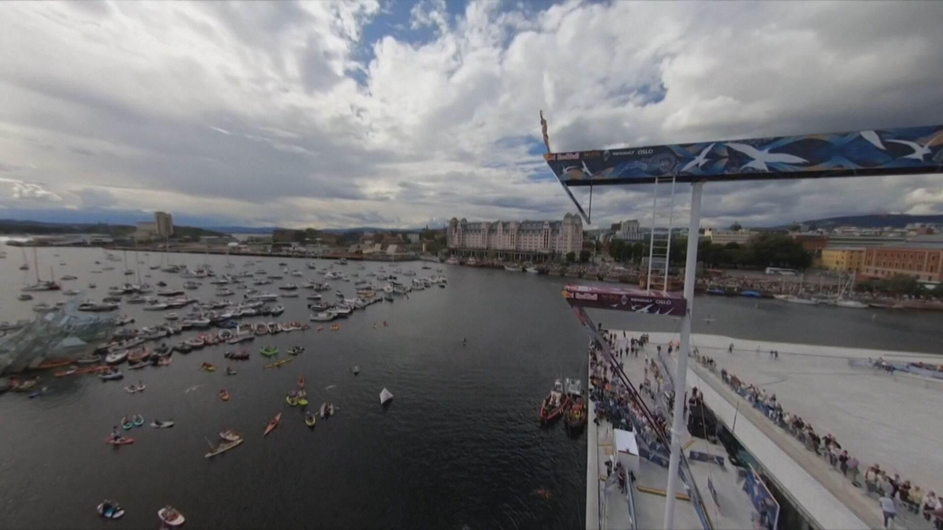 Campeonato Internacional de Salto de Penhasco aconteceu em Oslo, na Noruega