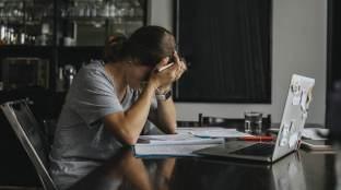 Altos níveis de estresse pode causar hipertensão, derrame e ataque cardíaco, diz pesquisa