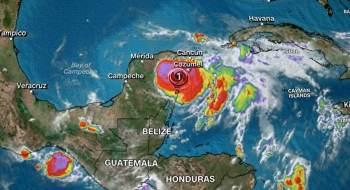 Área está sob alerta e turistas foram evacuados de alguns hotéis na região; Playa del Carmen registrou ventos de 130 quilômetros por hora