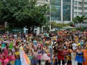 Com 621 pedidos de blocos, Carnaval de rua de 2022 desafia organizadores no RJ