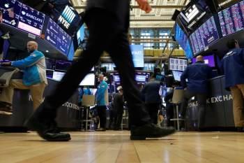 De acordo com dados preliminares, o Dow Jones fechou em alta de 0,41%, a 35.209,03 pontos, enquanto o S&P 500 subiu 0,17%, a 4.436,59 pontos