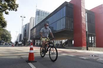 A gestão Ricardo Nunes considera possível reabrir as atividades de lazer aos domingos na Avenida Paulista e o acesso ao público no Vale do Anhangabaú