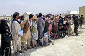 Grupo Isis-K poderia mirar aglomeração no aeroporto da capital do Afeganistão, onde Forças Armadas de países ocidentais realizam a evacuação de cidadãos e refugiados afegãos