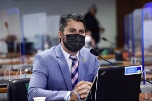 Relatório de Renan acusa inocentes e protege aliados, diz Marcos Rogério