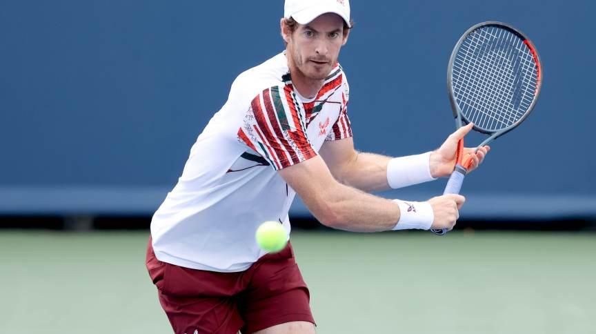 Andy Murray disse que estava feliz por ter tomado a vacina, mas sabe que nem todos no torneio de tênis estão tão entusiasmados