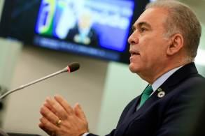 Líder da pasta da Saúde vai falar sobre vacinação contra a Covid-19 no Brasil
