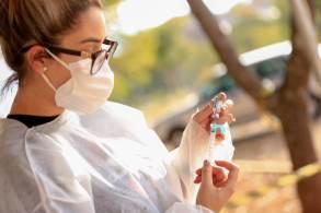 Natalia Pasternak também reforçou à CNN que intercambialidade de vacinas é segura e eficaz