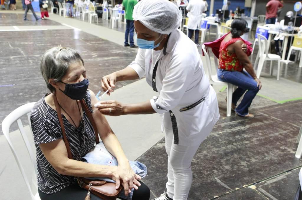 Vacinação contra a Covid-19 em Minas Gerais