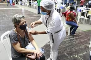 Ao todo, 60.096.566 pessoas tomaram as duas doses da vacina ou receberam o imunizante de dose única, enquanto 128.671.178 tomaram a primeira dose