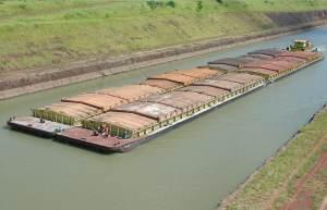 Seca interrompe ou reduz navegação em principais hidrovias do país