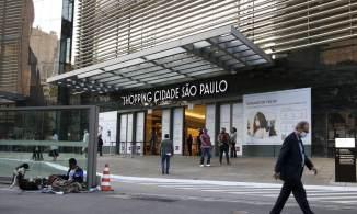 Retirada de algumas restrições abriu espaço para contratações, diz FecomercioSP