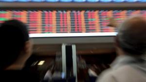 Mercado reage após 'debandada', caso Alec Baldwin e mais de 22 de outubro