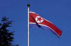 Coreia do Norte disparou pelo menos um míssil balístico, dizem autoridades