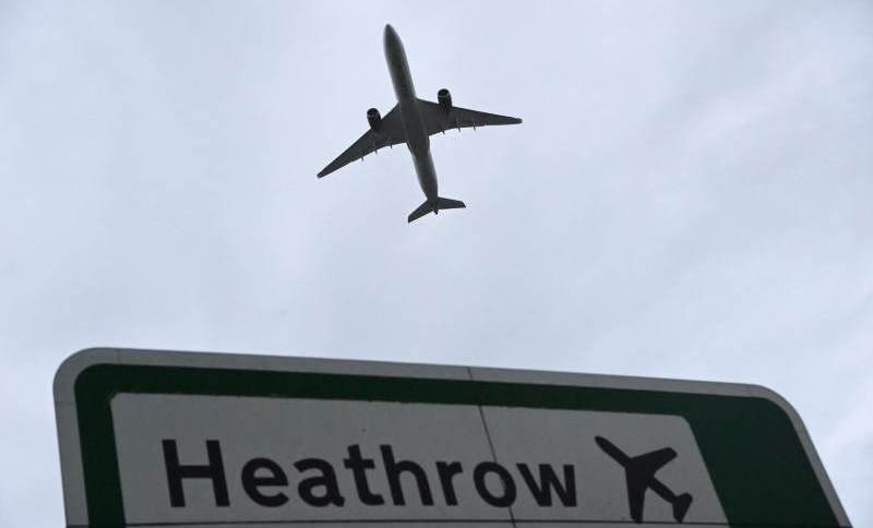Aeroporto de Heathrow, em Londres, perdeu o posto de aeroporto mais movimentado da Europa