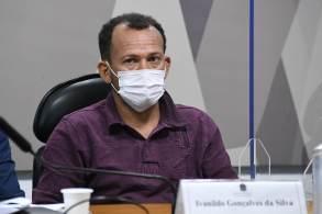 Ivanildo Gonçalves afirma que foi até o andar do Departamento de Logística para entregar 'pen drive', mas que não conhece seu ex-diretor, acusado de pedir propina