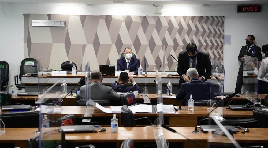 Senadores na sala da CPI da Pandemia, no Senado Federal. Relatório final deve sair até o fim de setembro