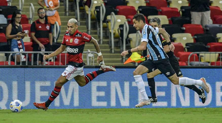 Partida entre Flamengo e Grêmio pela Copa do Brasil marcou a volta de público ao Maracanã