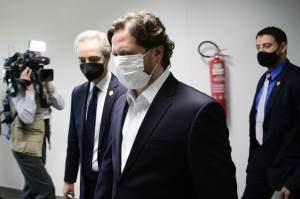 CPI da Pandemia sugere que Flávio Bolsonaro esteve nos EUA com Danilo Trento