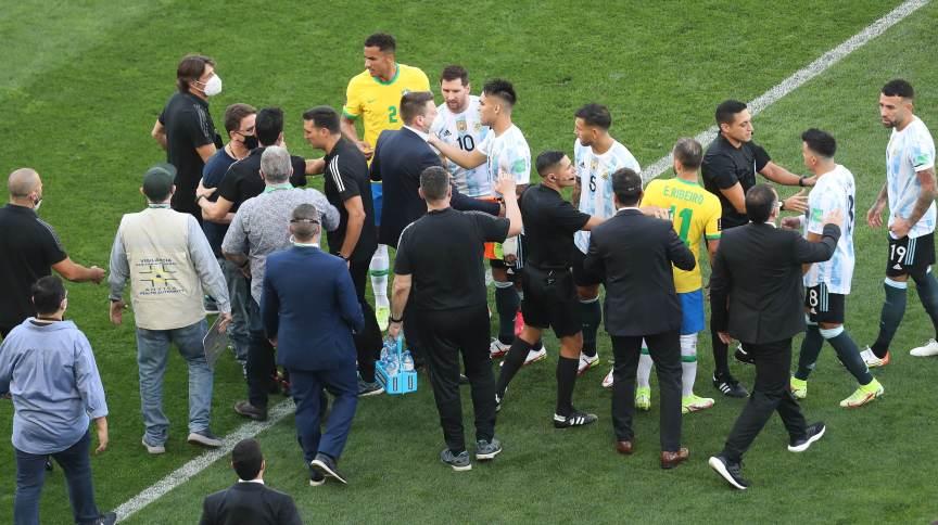 Agentes da Anvisa interromperam a partida entre Brasil x Argentina