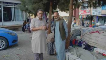Mais pobres dizem que nada mudou após o Talibã assumir o governo do país