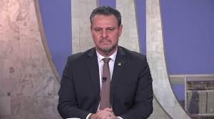 """""""O Brasil precisa de mais estabilidade"""", diz senador sobre PEC eleitoral"""
