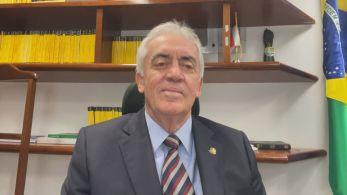"""Dono das lojas Havan é acusado de pertencer ao chamado """"gabinete paralelo"""", grupo que aconselharia o presidente Jair Bolsonaro (sem partido) em relação à pandemia de Covid-19"""