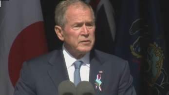 Ex-presidente dos EUA lembrou da resiliência do povo após os ataques que chocaram o mundo; ele discursou de Shanksville, na Pensilvânia, com a presença da primeira-dama, Kamala Harris