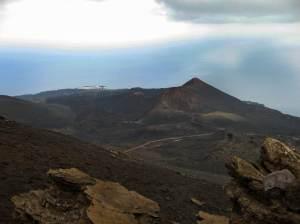 Ilhas Canárias mantêm nível de alerta para atividade de vulcão no Atlântico