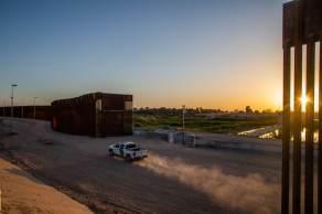 Em julho, outro mexicano morreu após tentar escalar a cerca da fronteira em Brownsville, Texas