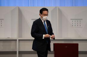 Kishida recebeu um total de 257 votos - de 249 parlamentares e oito membros comuns - para derrotar o ministro das vacinas Kono, que obteve um total de 170 votos no segundo turno