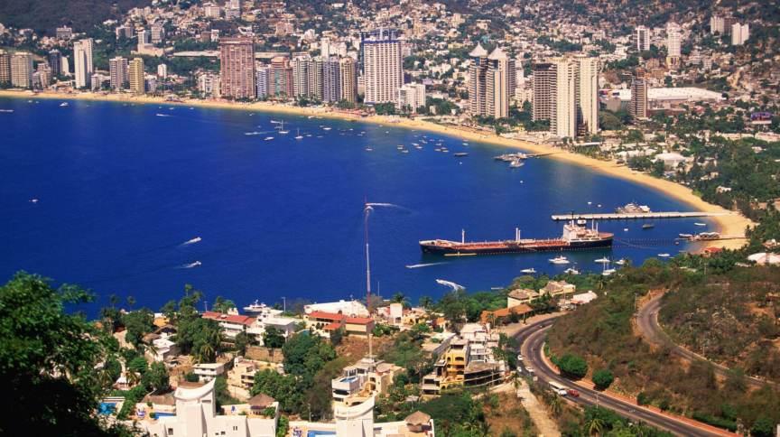 Acapulco fica a cerca de 375 km da Cidade do México