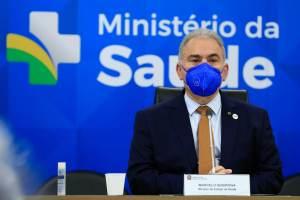 Queiroga critica estados por aplicar vacinas em jovens sem autorização da Anvisa