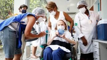 À CNN, Alexandre Chieppe afirma que dose de reforço contra o novo coronavírus acontecerá em idosos de até 70 anos e em imunossuprimidos