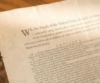 Cópia rara da primeira edição da Constituição dos EUA vai a leilão