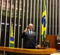 Gilmar João Alba (PSL), prefeito de Cerro Grande do Sul (RS), foi flagrado com R$ 505 mil em espécie e ameaçou a equipe da CNN quando questionado sobre o valor